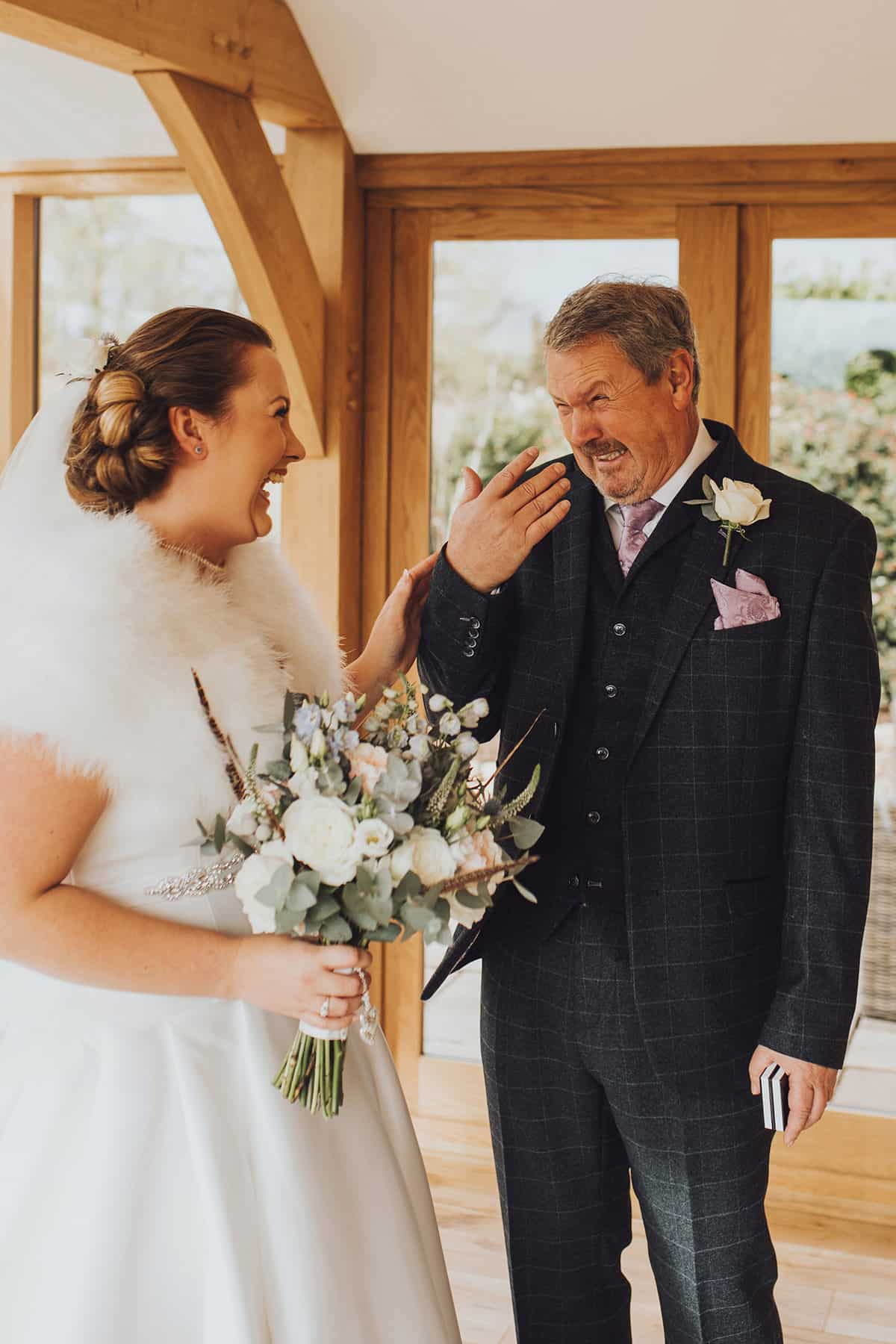 Dad sees daughter as a bride for the first time on her wedding day