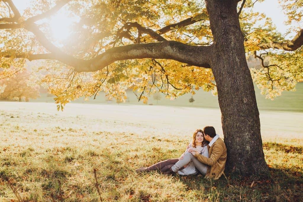 sunset autumn couple engagement