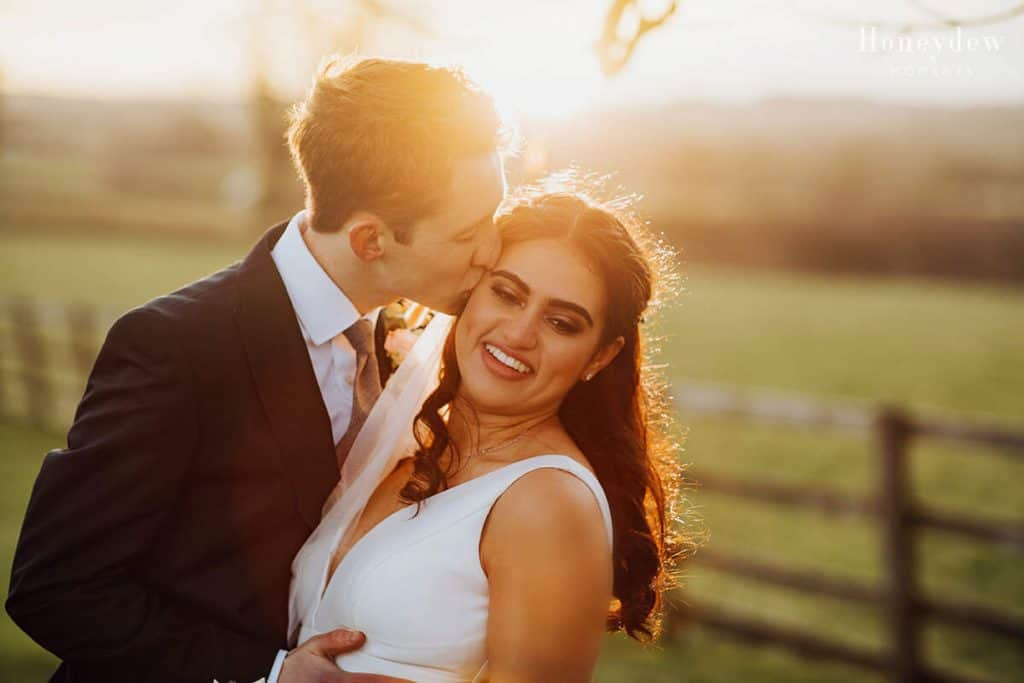 golden hour sunset wedding photos