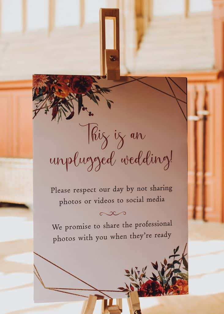 Reasons to have an unplugged wedding ceremony